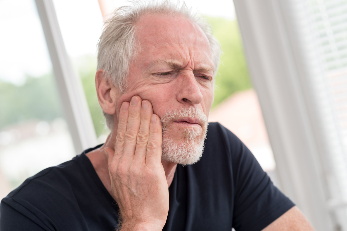Dolore impianti dentali | Studi Mezzena